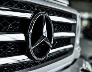 Ciężarówki Mercedesa dostępne od ręki