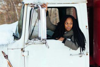 Według badań, większa liczba kierowców płci żeńskiej mogłaby zmniejszyć liczbę śmiertelnych ofiar wypadków drogowych
