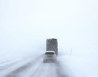 7 wskazówek dotyczących bezpieczeństwa w transporcie ciężarowym w okresie zimowym