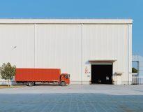 W obliczu globalnego kryzysu, ciężarówkarze powinni kontynuować jazdę