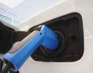 Hyundai rozpoczyna seryjną produkcję Xcient Fuel Cell