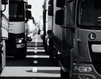Jak poprawnie ustawić fotel w ciężarówce – poradnik z punktu widzenia fizjoterapeuty
